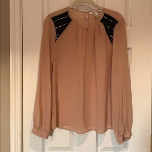 Blouse with sequin detail